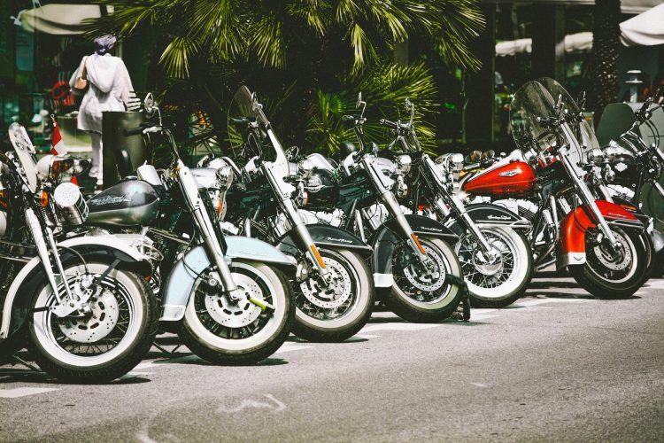 De voor- en nadelen van nieuwe motoronderdelen